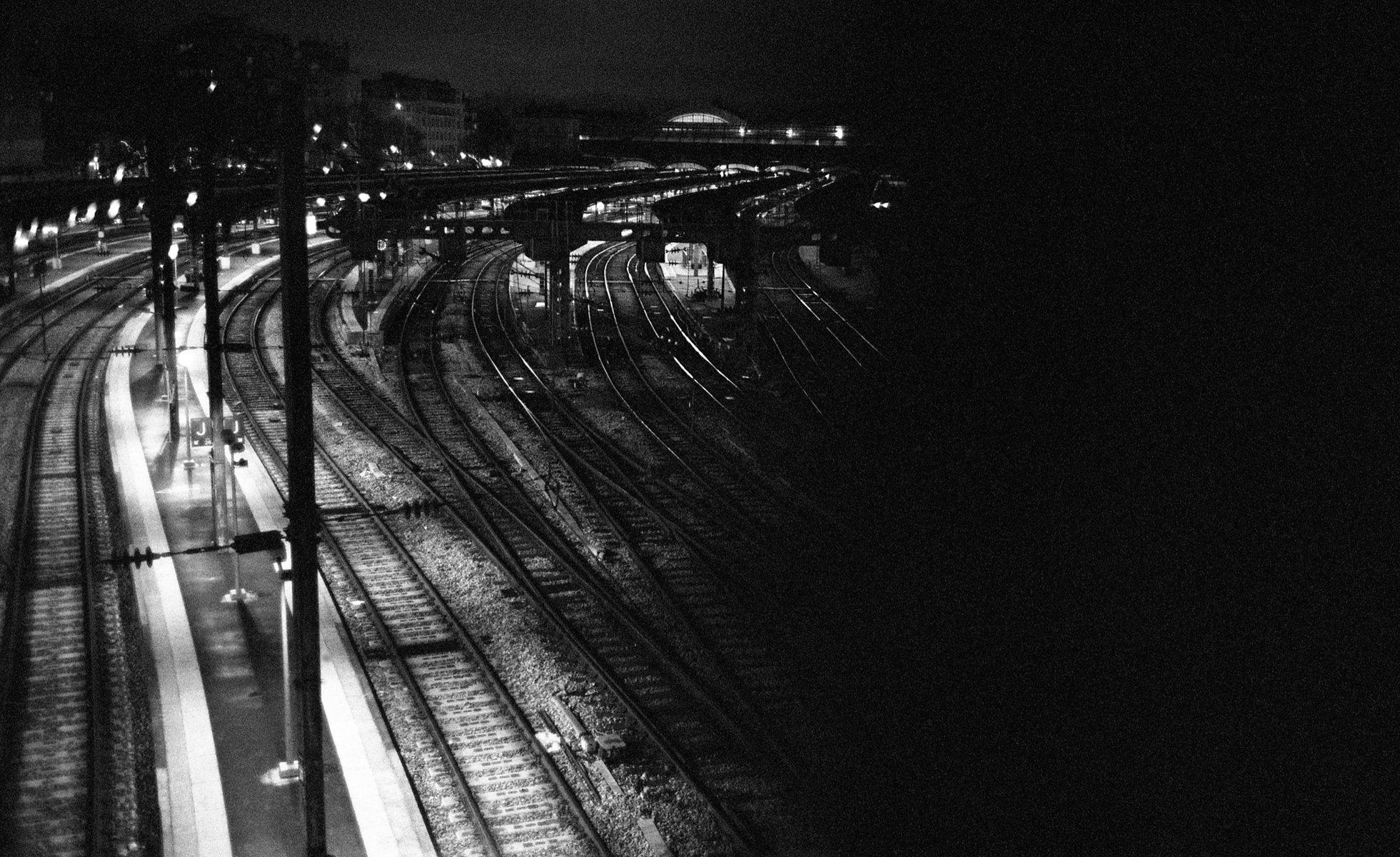 Jean-Pierre Damen urban and street photography - roll10_002.jpg