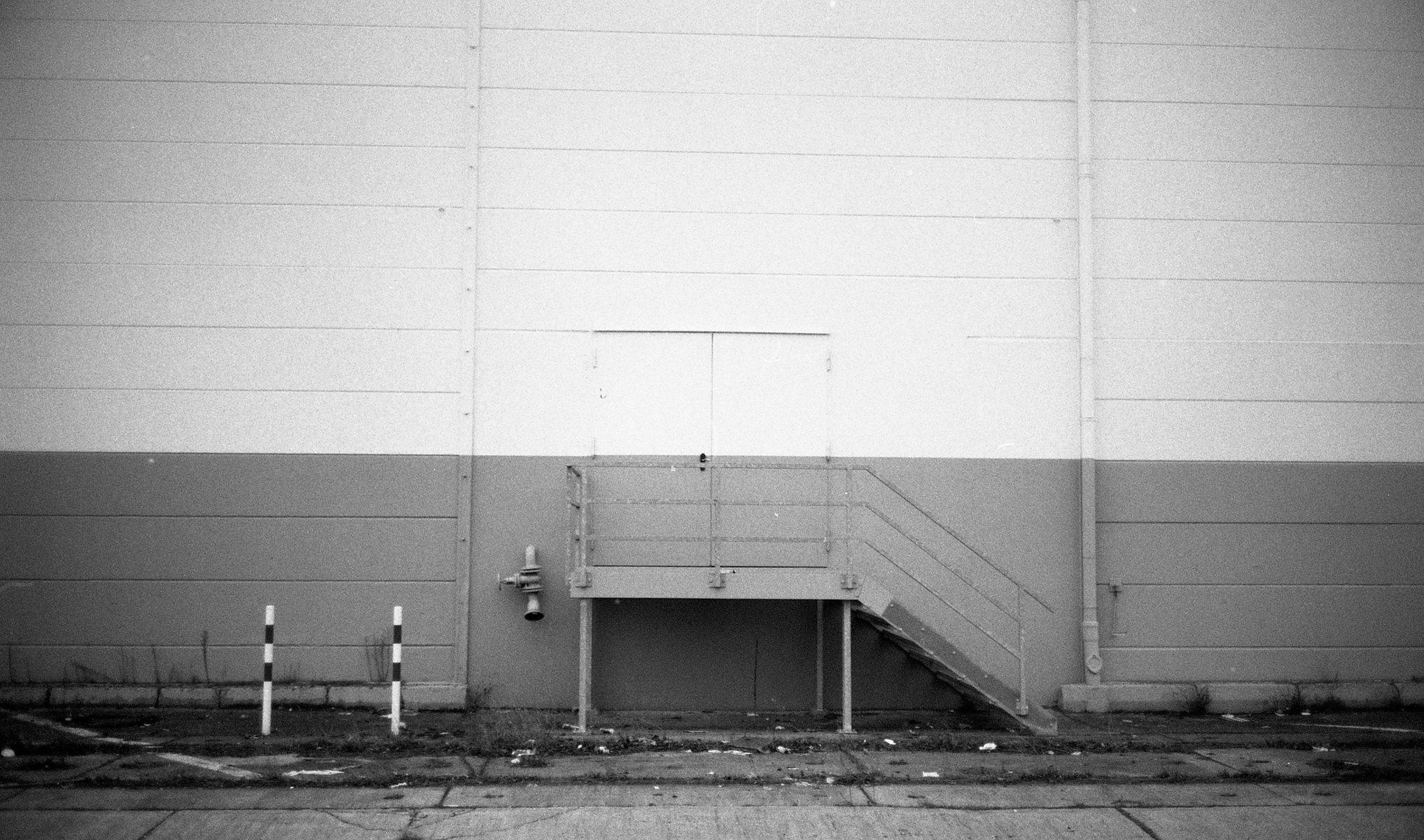 Jean-Pierre Damen urban and street photography - roll2021.jpg