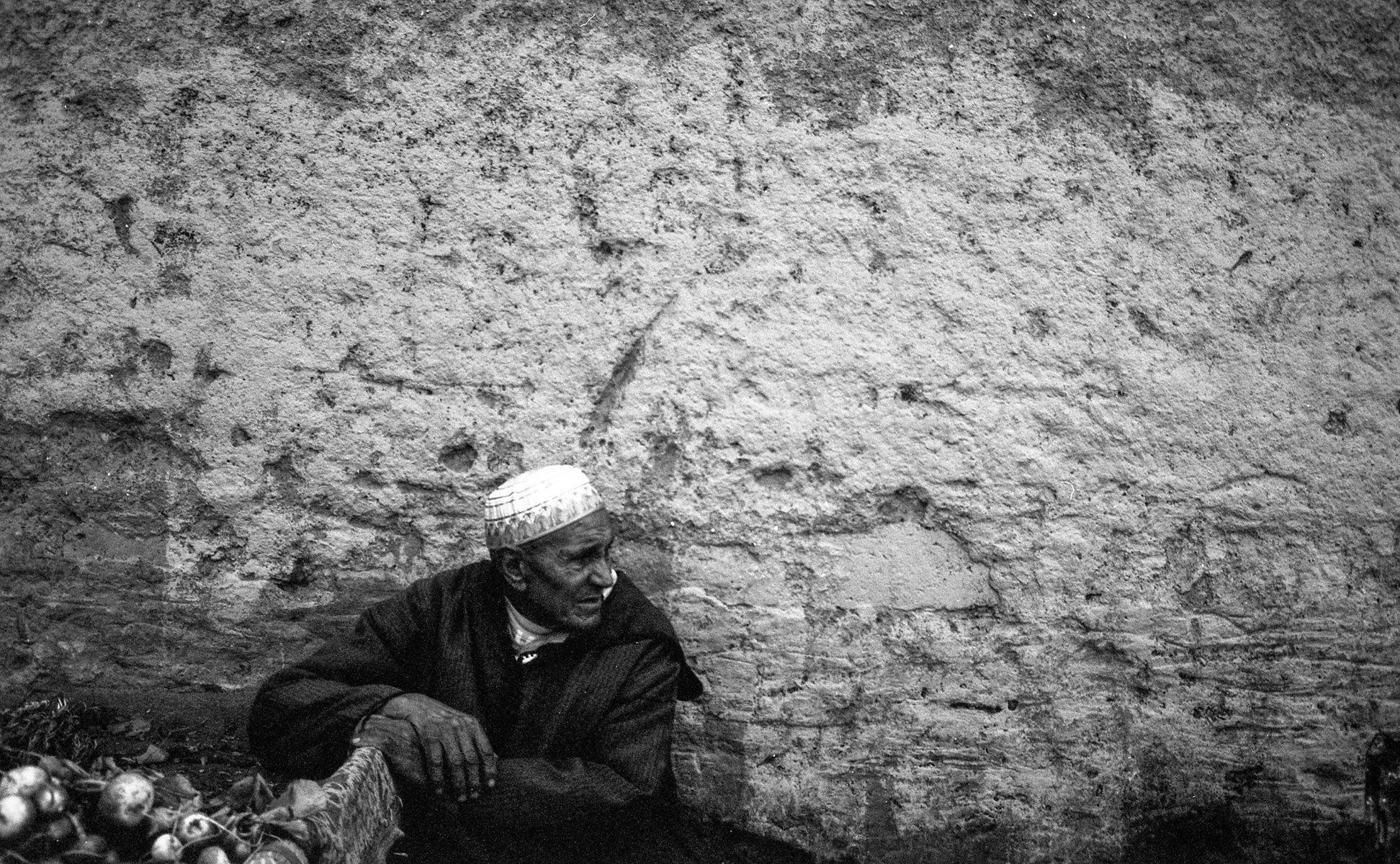 Jean-Pierre Damen urban and street photography - roll2_008.jpg