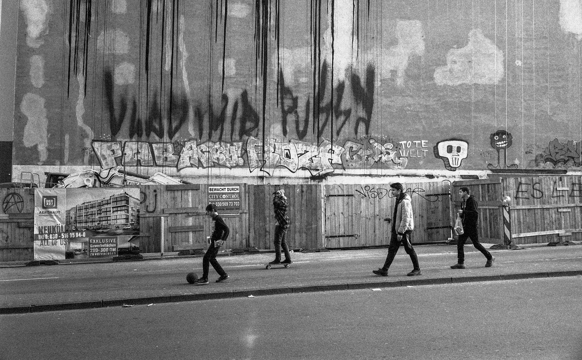 Jean-Pierre Damen urban and street photography - roll9_001.jpg